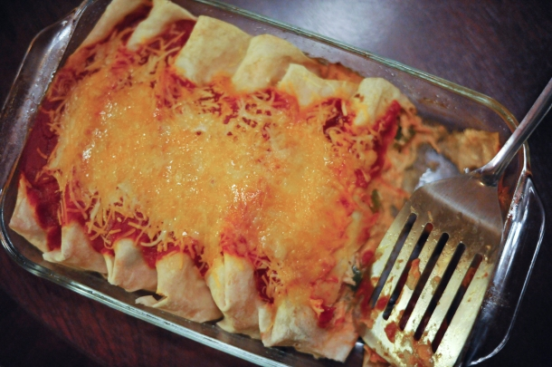 140407-COOK-ChickenEnchiladas-7